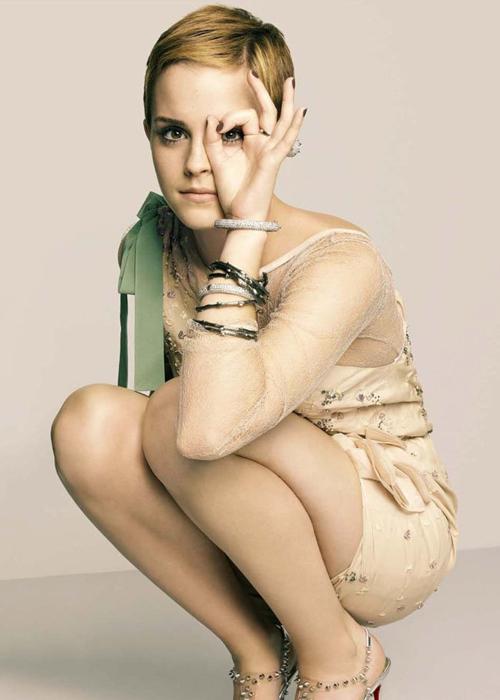 emma-watson-ambassador-for-lancome marie claire dec 2010 magazine cover