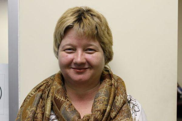 author blogger executive YouTube film producer the idea girl - Linda Randall photo by Editor Sarah Ferguson Fort Erie Times Ontario Canada 17 Apr 2014 (taken Jan 20, 2014) #NIFF #PD14 #promoday