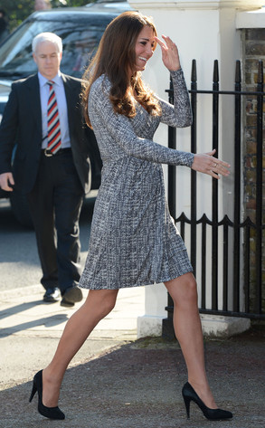 Duchess of Cambridge Kate Middleton's Cute Baby Bump Feb 19 2013