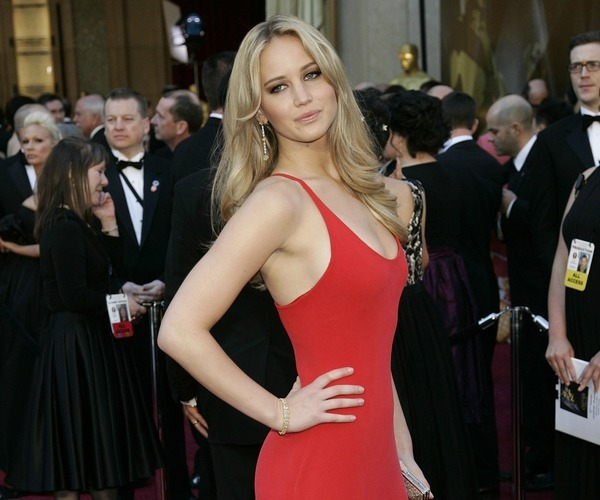 why-should-everyone-love-jennifer-lawrence sexy v neck  red dress spaghetti straps-jan-17-2013-1-600x500