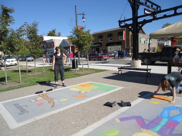 Imagine Jade Muleboor Create Sierra Rosiana  Ridgeway Fall Festival Chalk Artists 12 oct 2013 linda randall